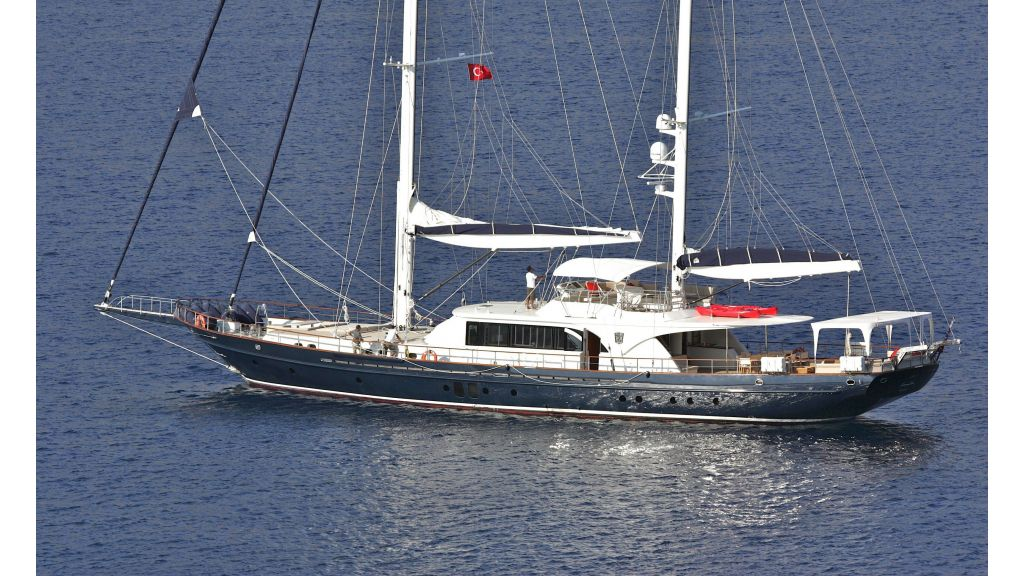 Levantin-Luxury-Sailing-Yacht (3)