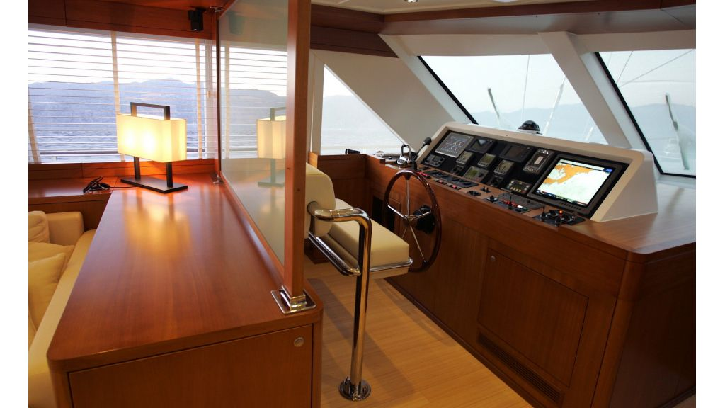 Levantin-Luxury-Sailing-Yacht (8)