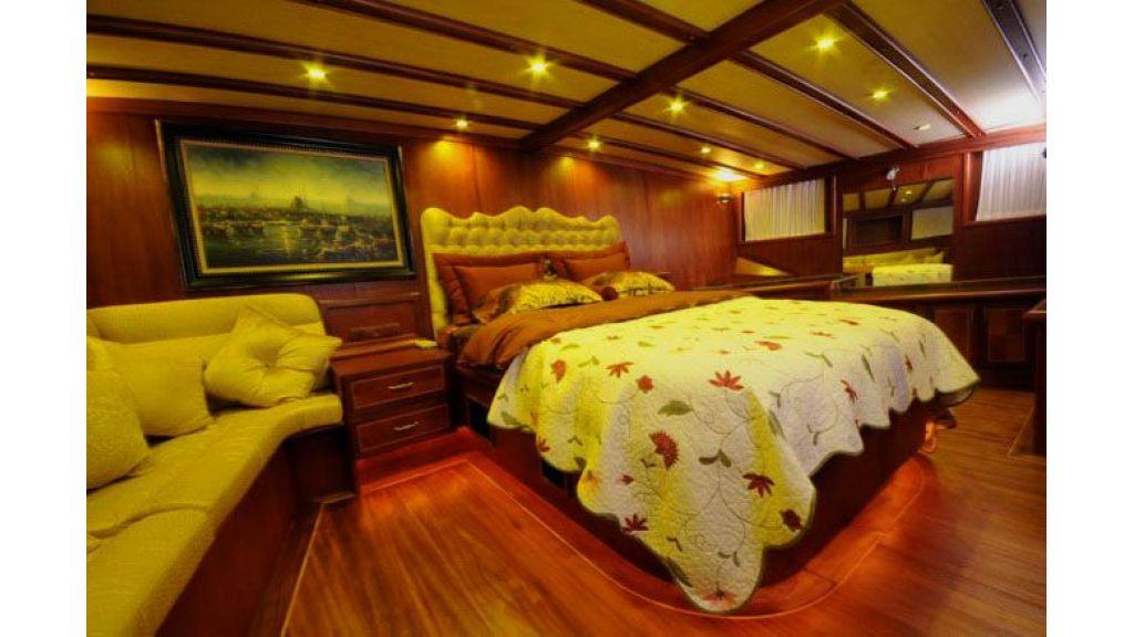 luxury gulet cabin