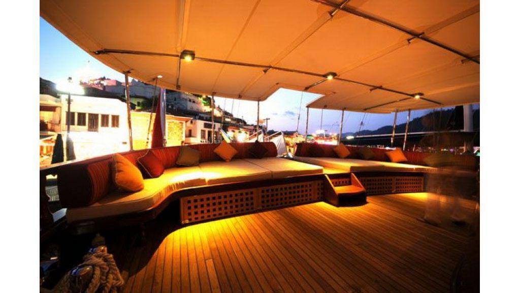 luxury-gulet-outside lounge