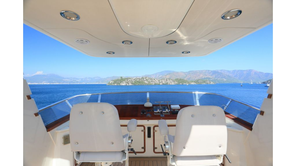 Luxury Motoryacht For Sale (12)