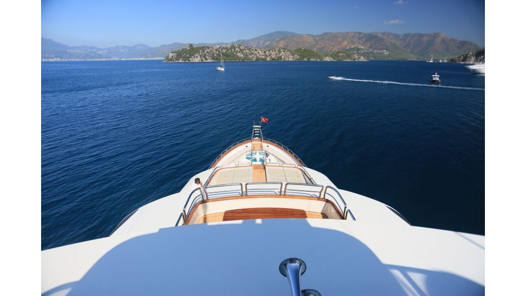 Luxury Motoryacht For Sale (14)