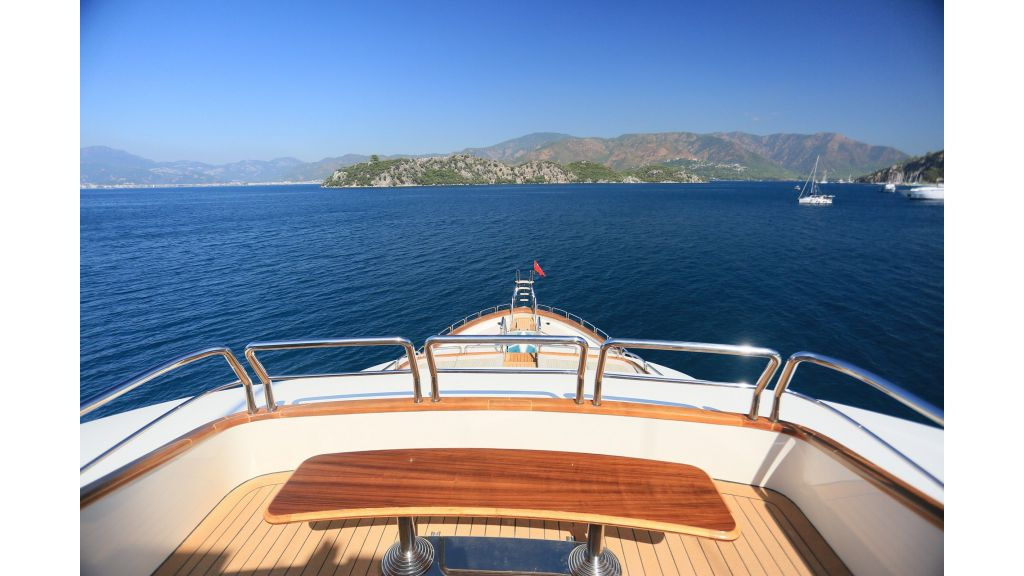 Luxury Motoryacht For Sale (18)