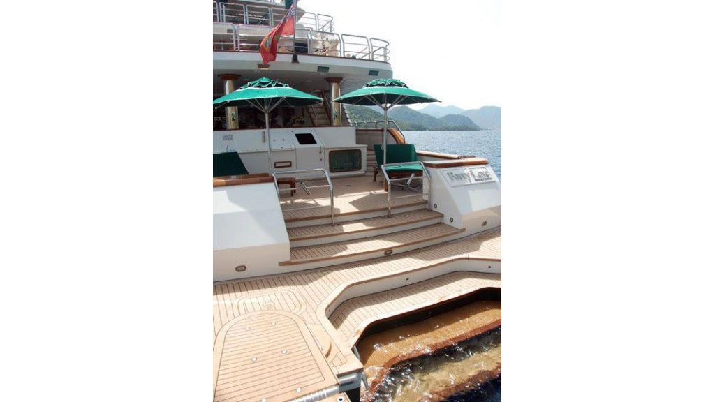 luxury-motoryacht-for-sale-2