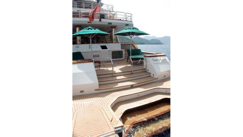 luxury-motoryacht-for-sale-2