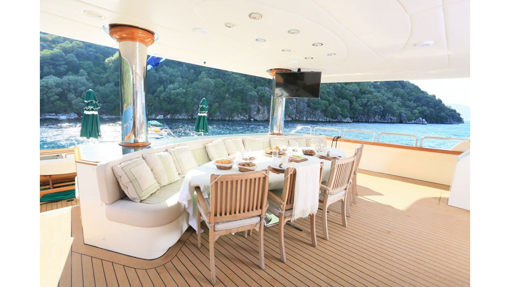 Luxury Motoryacht For Sale (22)