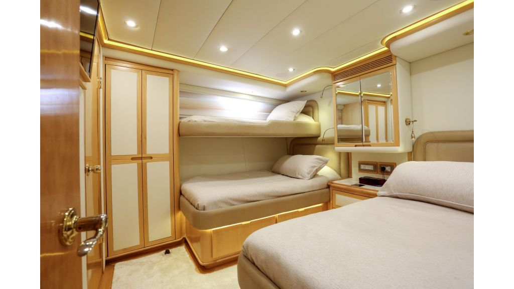 Luxury Motoryacht For Sale (25)
