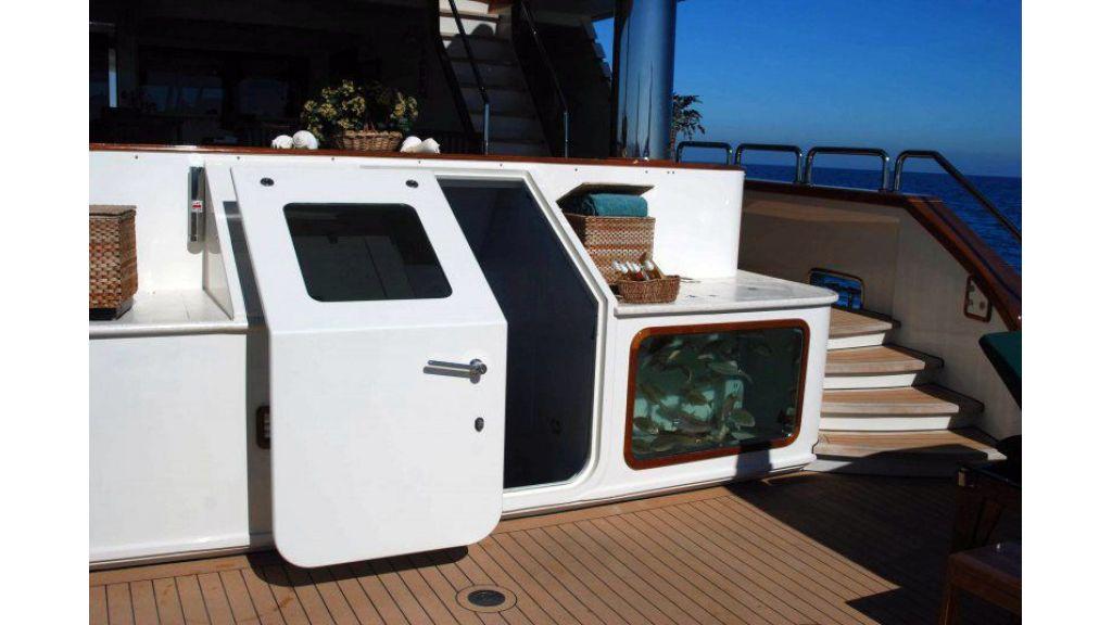 luxury-motoryacht-for-sale-3