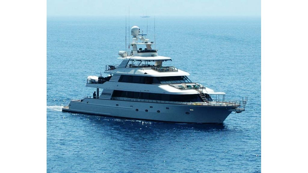 luxury-motoryacht-for-sale