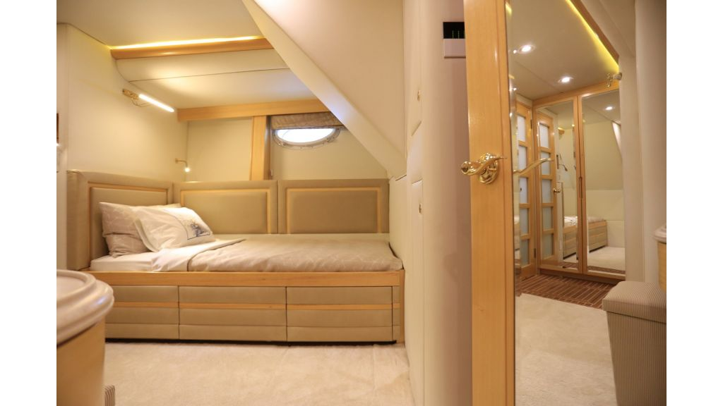 Luxury Motoryacht For Sale (63)