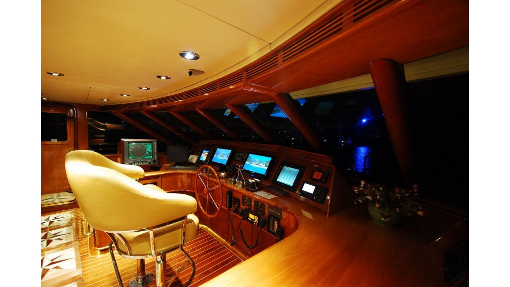 Luxury Motoryacht For Sale (8)