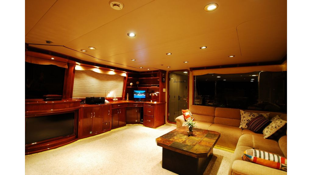 Luxury Motoryacht For Sale (9)
