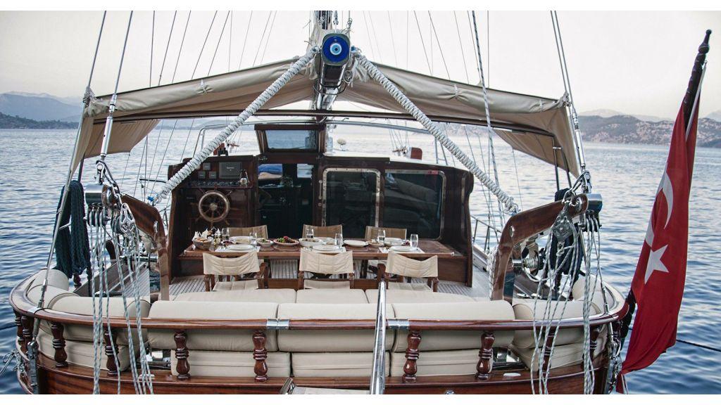 Mikado Luxury sailing yacht-master