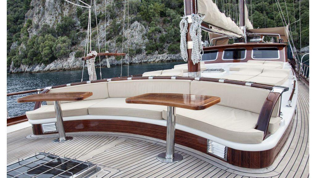 Mikado-Luxury yacht master