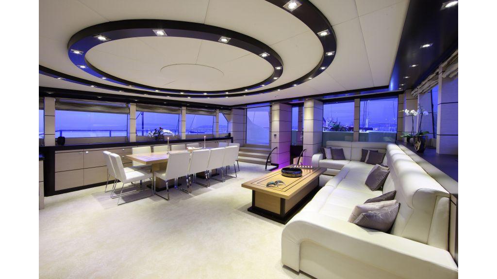 Perla Del Mare Luxury Sailing Yacht master
