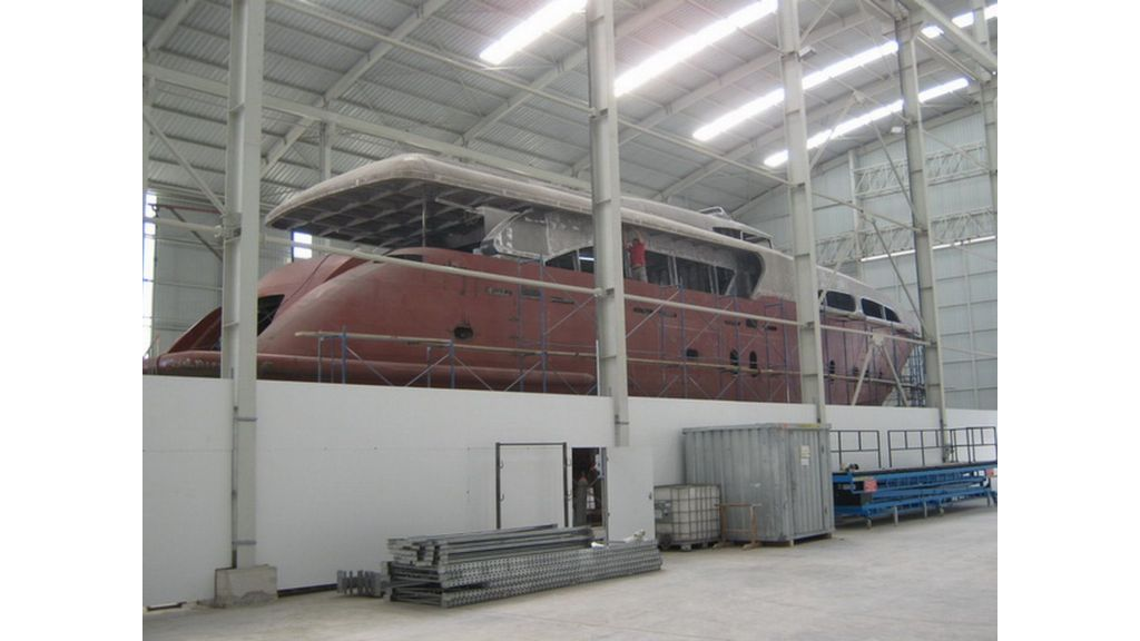 Steel_motoryacht_for_sale