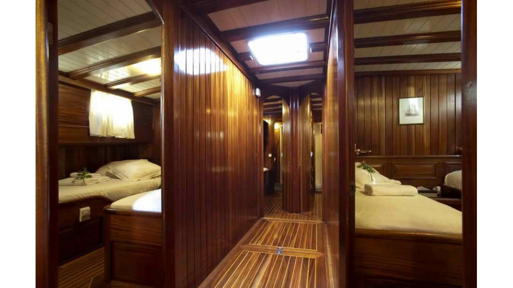 Transom charter gulet for sale (12)