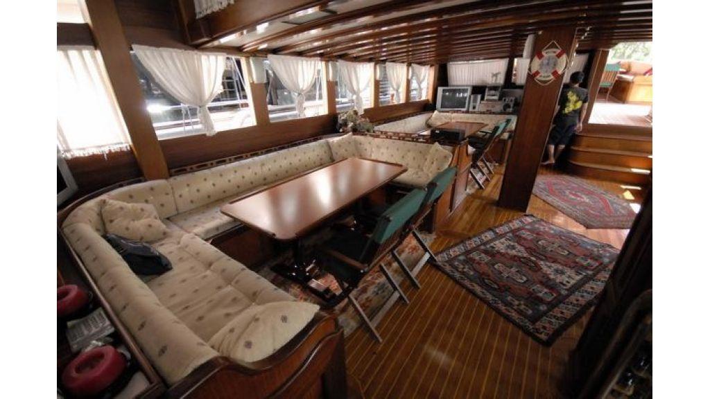 Transom_yacht (14)