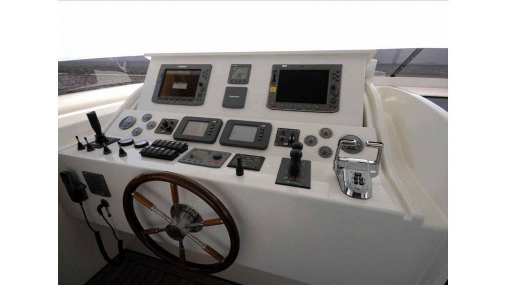 tuzla-built-motoryacht-1
