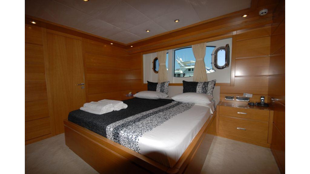 tuzla-built-motoryacht-12