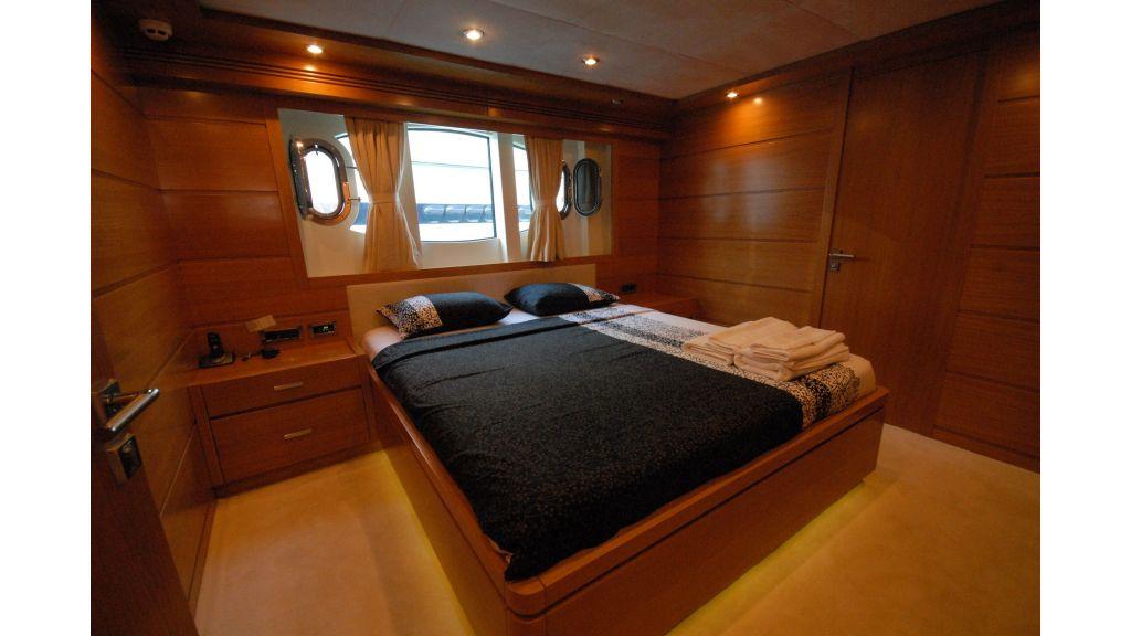 tuzla-built-motoryacht-14