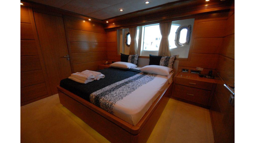 tuzla-built-motoryacht-15