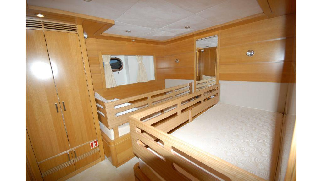 tuzla-built-motoryacht-16