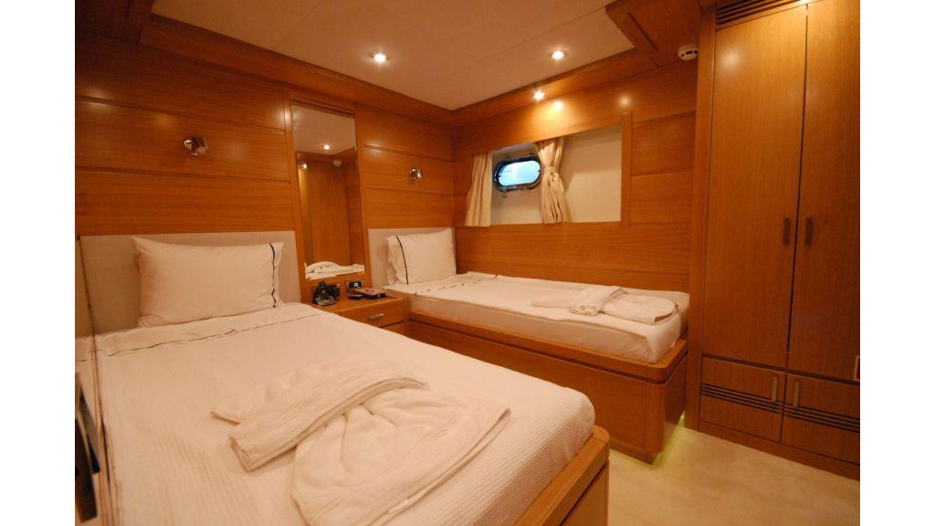 tuzla-built-motoryacht-18