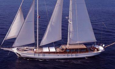 White Soul Luxury Sailing Yacht master