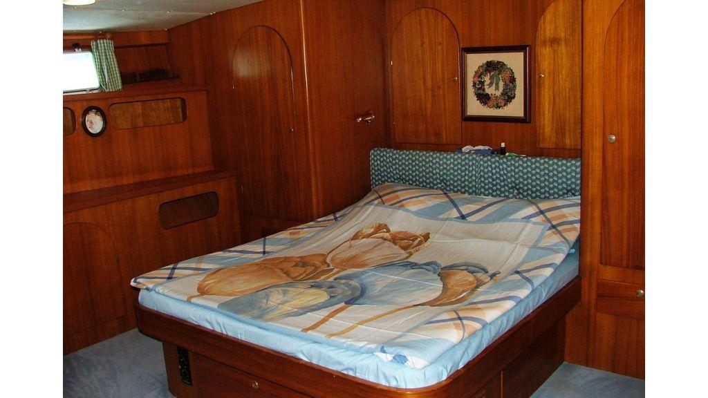 1288970423_sailing_yacht_acanthus__4