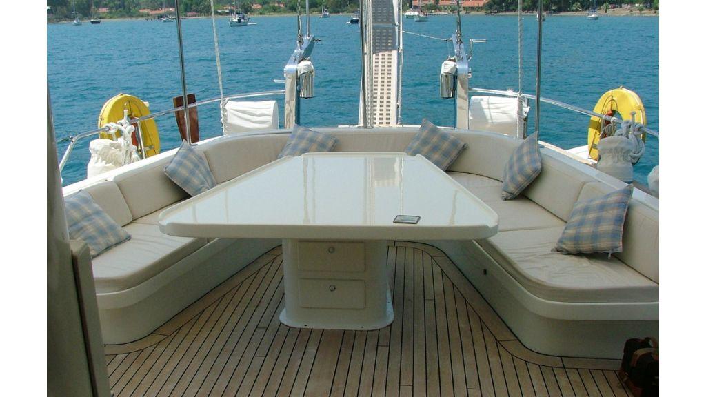 1288970455_sailing_yacht_acanthus__12