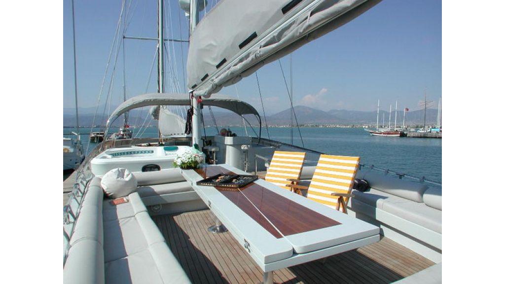 1288973417_sailing_yacht_suheyla_sultan_21
