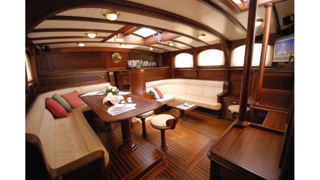 Sailing_yacht_ilios (11)