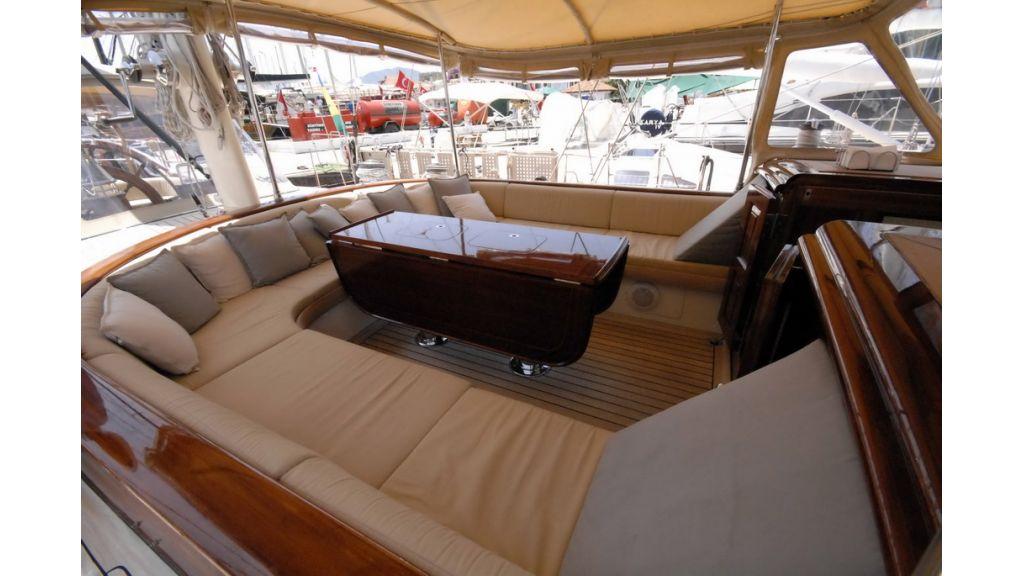Sailing_yacht_ilios (4)