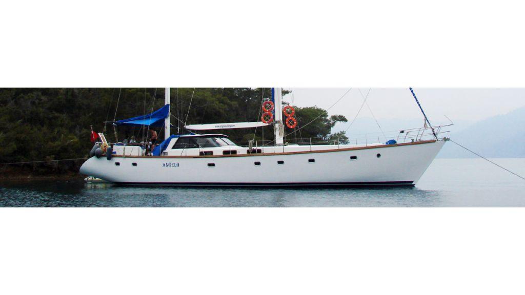 1289796470_sailing_yacht_angelo_1_18
