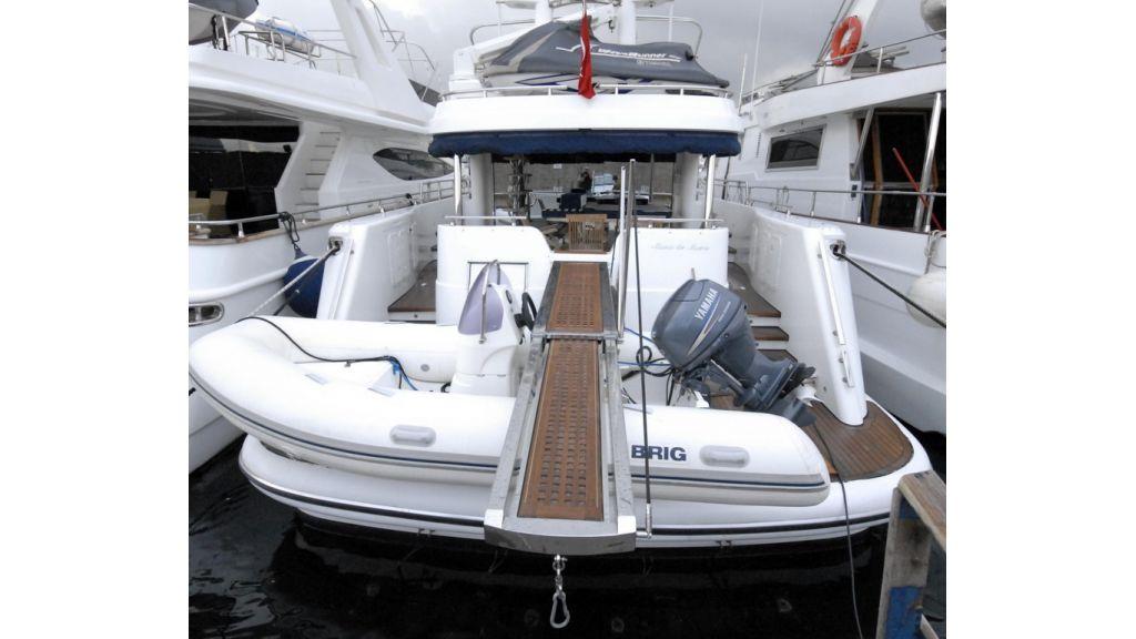motoryacht_mono_de_mono