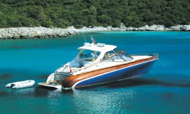 1289804039_motoryacht_charter_7