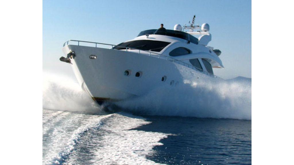 1290357574_motoryacht_for_sala__8