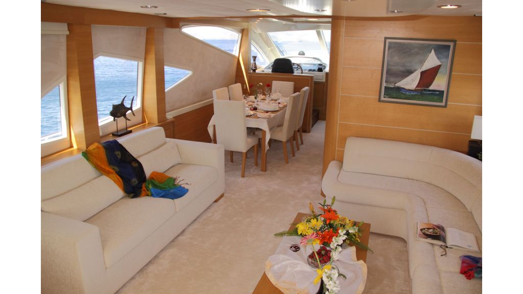 1290357632_motoryacht_for_sala__1