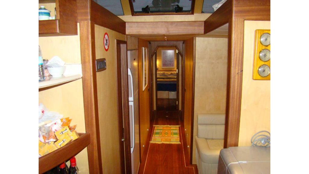 1290362202_sailing_yacht_23