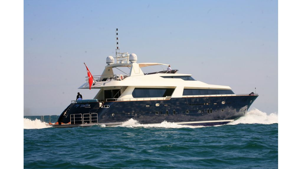 Motoryacht_for_sale_ (3)