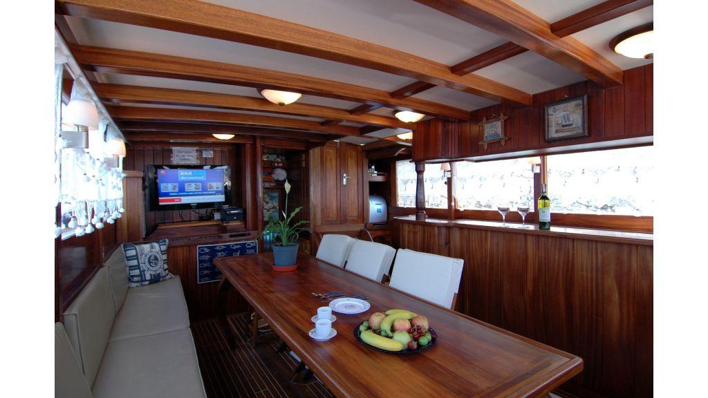 22-m-6-cabins-gulet master.