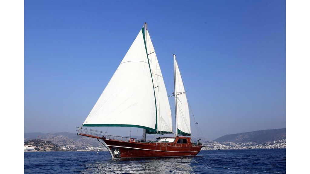 23.95 M Gulet For Sale sailing.