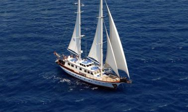 5 Cabins Custom_Gulet-for-sale