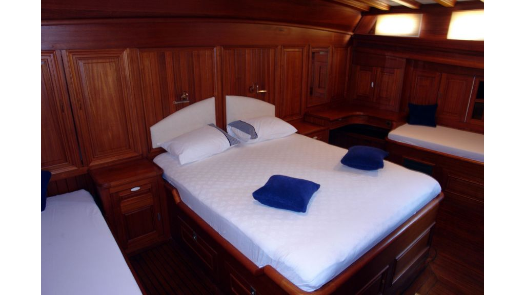 5-cabins-gulet-for-sale-18