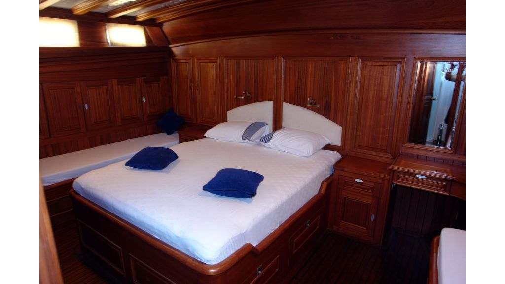 5-cabins-gulet-for-sale-19