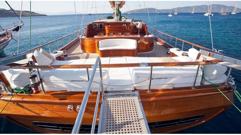 Carpe-Diem-4-luxury-Gulet-(31)