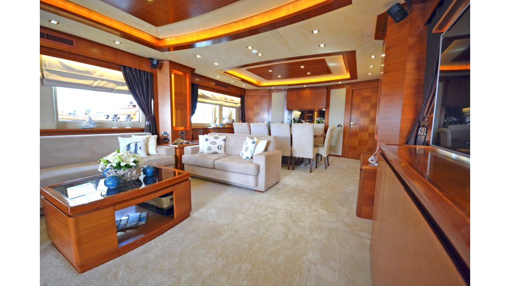 Composite Grp Motor Yacht