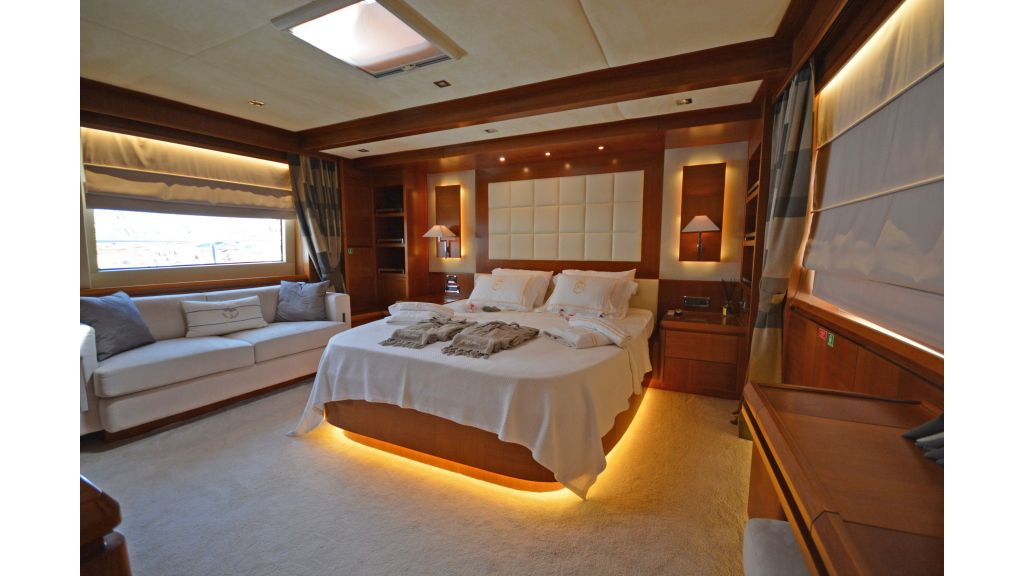 Composite Grp Motoryacht (12)