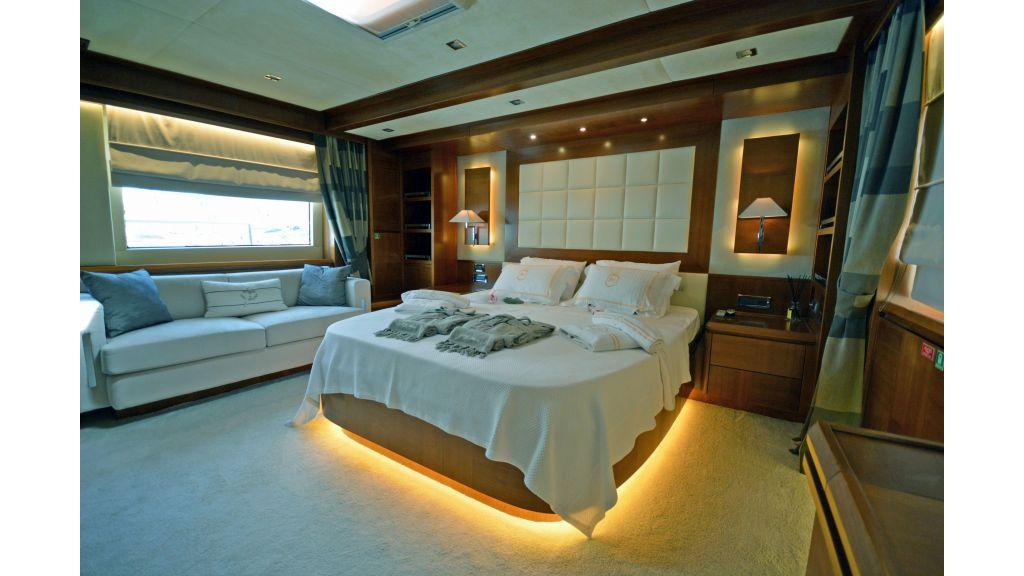 Composite Grp Motoryacht (13)